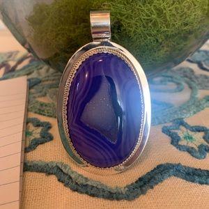 Jewelry - Druzy pendant